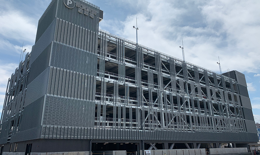 敦賀駅前立体駐車場